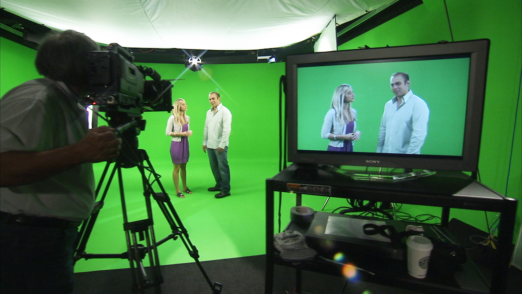If The Meteorologist Himself Wears Green Clothes His Will Become Replaced With Background Video Is Considered Color Least Like